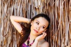 Девушка портрета конца-вверх молодая красивая азиатская перед hu стоковое изображение