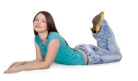 девушка предпосылки изолированная над белыми детенышами Стоковое фото RF