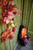 Девушка преследовать домом Стоковое Изображение RF