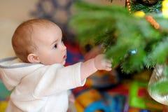 девушка рождества меньшяя утеска вала Стоковые Фото