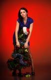 девушка рождества около вала стоковая фотография rf