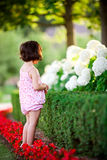 девушка сада цветка стоковое фото rf