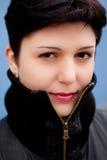 девушка сини предпосылки стоковые изображения rf