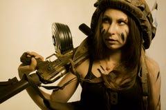 Девушка солдата с ak-104 Стоковые Фото