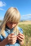 Девушка стерженя пшеницы Стоковое Фото
