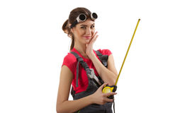 Девушка стоит с рулеткой Стоковое Изображение RF