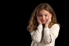 Девушка с ладонями на стороне Стоковые Фотографии RF