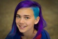 Девушка с весьма волосами Стоковое Фото