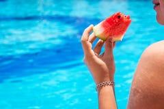 Девушка с дыней Стоковая Фотография RF
