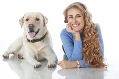Девушка с ее собакой Стоковая Фотография RF