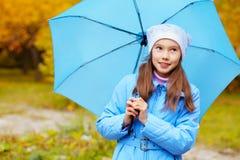 Девушка с зонтиком Стоковое Фото