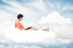 Девушка с книгой Стоковая Фотография