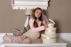 Девушка с коробками с подарками Стоковая Фотография RF