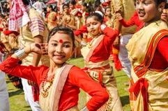 Девушка с красной точкой в Асоме Стоковые Фото