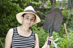 Девушка с лопаткоулавливателем стоковые фотографии rf
