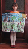 Девушка с покрашенной картиной Стоковые Фото
