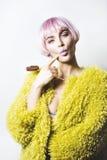 Девушка с розовыми волосами Стоковое Фото