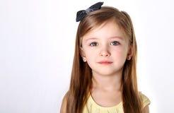 Девушка с смычком Стоковые Изображения