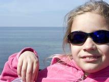 Девушка с солнечными очками Стоковое Фото