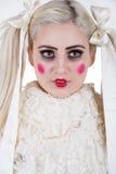 Девушка с составом тележки стоковое фото rf