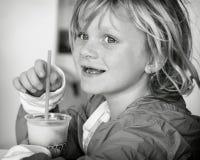 Девушка с слякотным Стоковые Изображения
