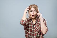 Девушка с телефоном Стоковое фото RF