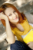 Девушка с тетрадью стоковые изображения rf