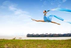 девушка танцульки Стоковое Изображение RF