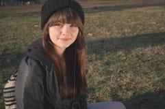 Девушка читая 5 Стоковая Фотография