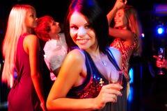 девушка шампанского стоковые фото