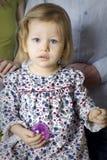 девушка шарика белокурая милая Стоковая Фотография RF