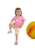 девушка шарика немногая желтый цвет Стоковое Фото