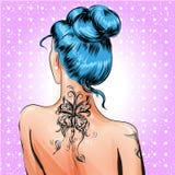 Девушка штыря-вверх искусства шипучки вектора с татуировкой иллюстрация штока