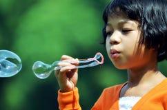 девушка 01 пузыря Стоковые Фотографии RF