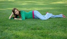 девушка 16 outdoors Стоковые Изображения RF