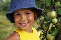 девушка 4 яблок Стоковое Изображение RF