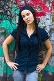 девушка dreadlocks предназначенная для подростков стоковое изображение rf