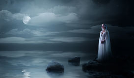 Девушка Elven на морском побережье Стоковые Фото