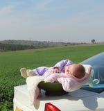 девушка newborn стоковые изображения rf