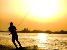 девушка wakeboarding Стоковые Изображения
