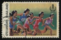 Девушки бежать на национальных играх Стоковые Изображения RF