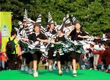 Девушки в грандиозном параде финала стоковое фото