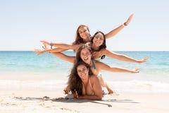 Девушки в летнем времени Стоковые Изображения RF