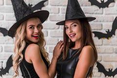 Девушки готовые для партии хеллоуина Стоковая Фотография RF