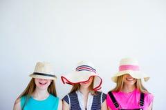 3 девушки имея потеху на каникулах Стоковая Фотография