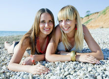 Девушки на море Стоковое Фото