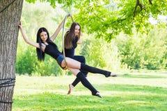 Девушки на обруче Стоковое Изображение RF