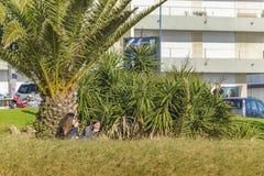 Девушки на парке, Punta del Este, Уругвае Стоковая Фотография RF