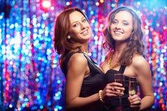 Девушки на партии Стоковая Фотография