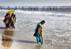 Девушки на пляже Стоковая Фотография RF